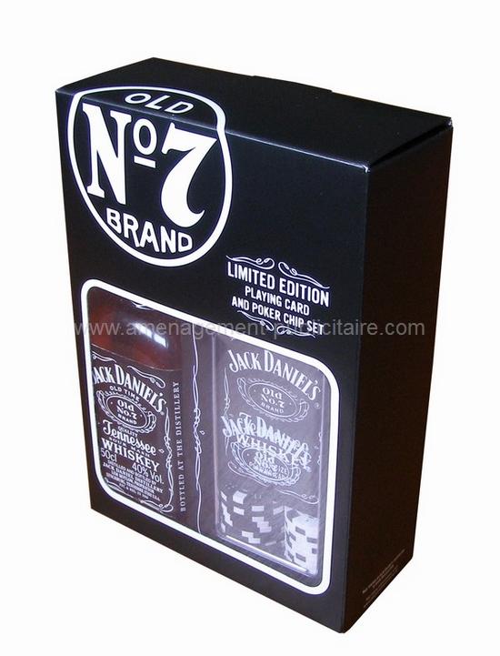 emballage - boîte en carton avec fenêtre pour une marque de spiritueux