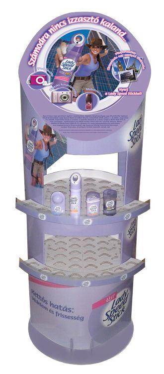 mobilier pour magasin : borne totem avec étagères et fronton décoré