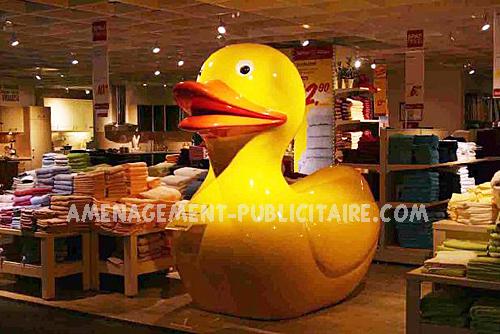 statues en fibre de verre et alliage - décor de magasin : canard(L165cm X L115cm X H160cm)